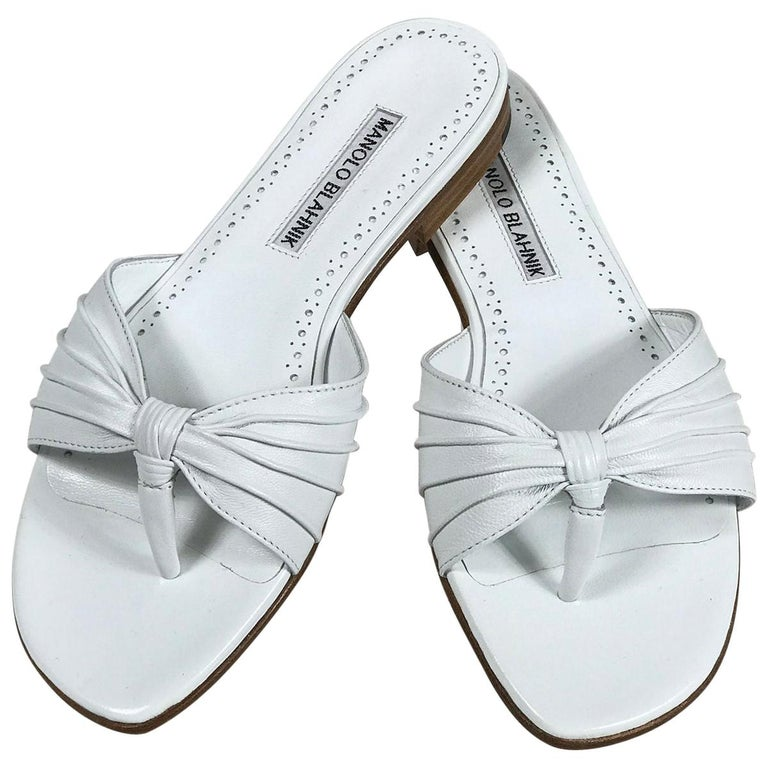 Manolo Blahnik White Leather Thong Sandals Unworn With Box, size 7 For Sale