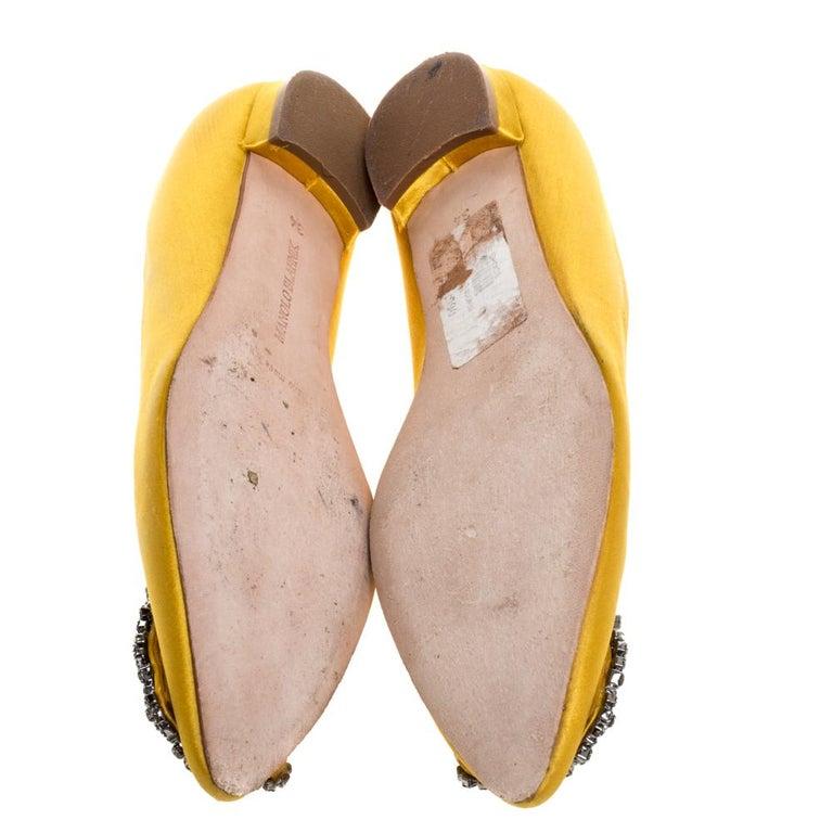 Women's Manolo Blahnik Yellow Satin Hangisi Crystal Embellished Flats Size 34 For Sale
