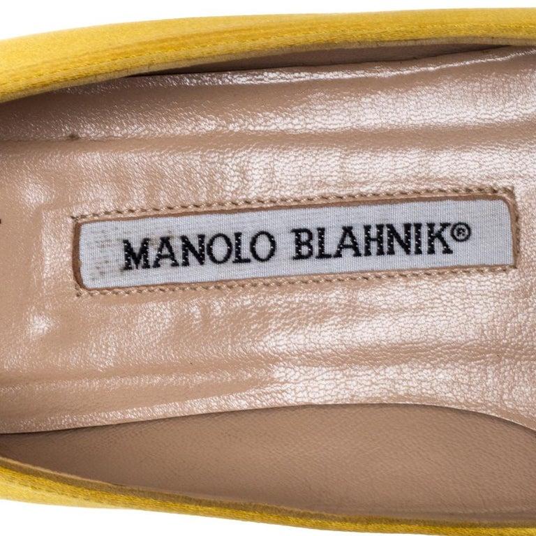 Manolo Blahnik Yellow Satin Hangisi Crystal Embellished Flats Size 34 For Sale 2
