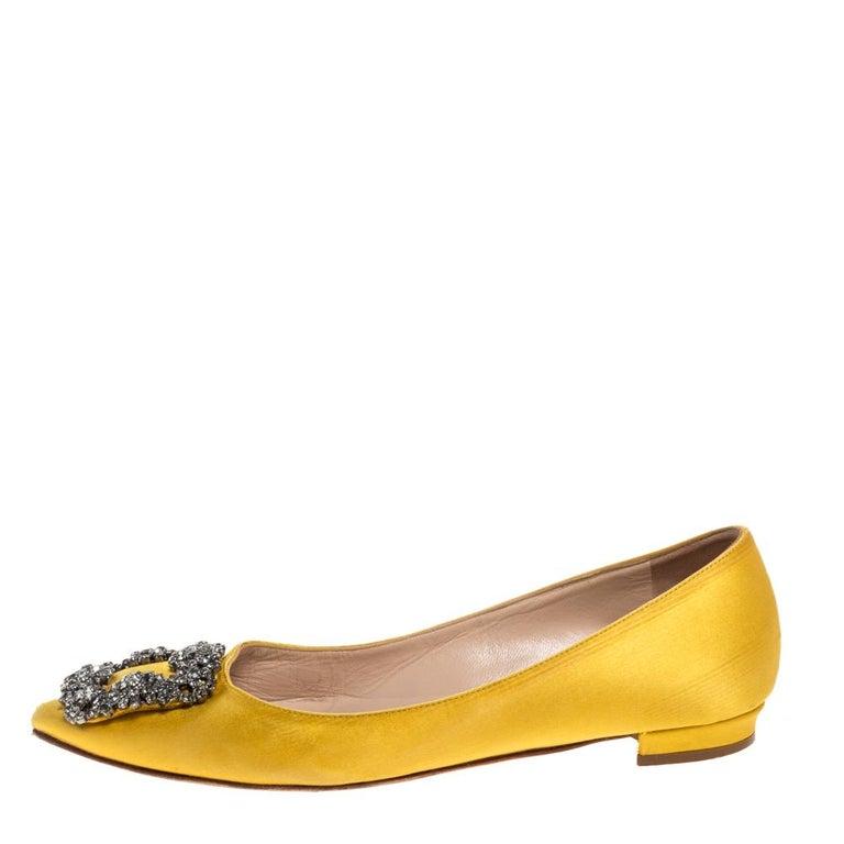 Manolo Blahnik Yellow Satin Hangisi Crystal Embellished Flats Size 34 For Sale 3