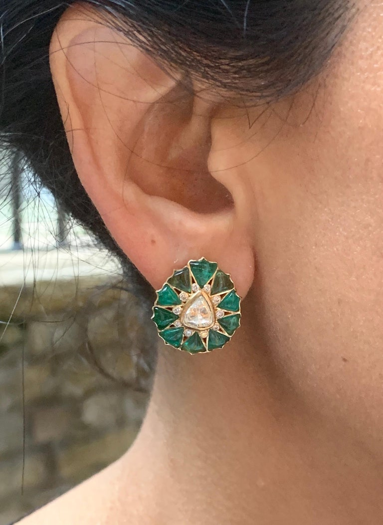 Contemporary Manpriya B Fancy-cut Emerald and Rose-Cut Diamond Fleurs De L'Inde Earrings  For Sale