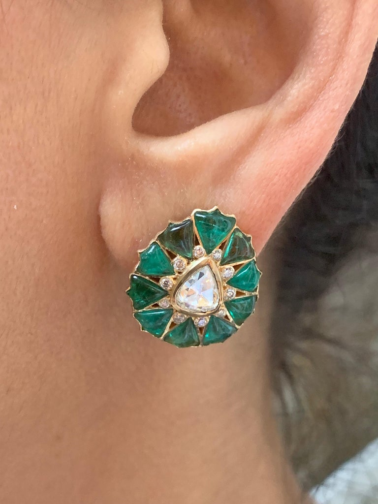 Women's or Men's Manpriya B Fancy-cut Emerald and Rose-Cut Diamond Fleurs De L'Inde Earrings  For Sale