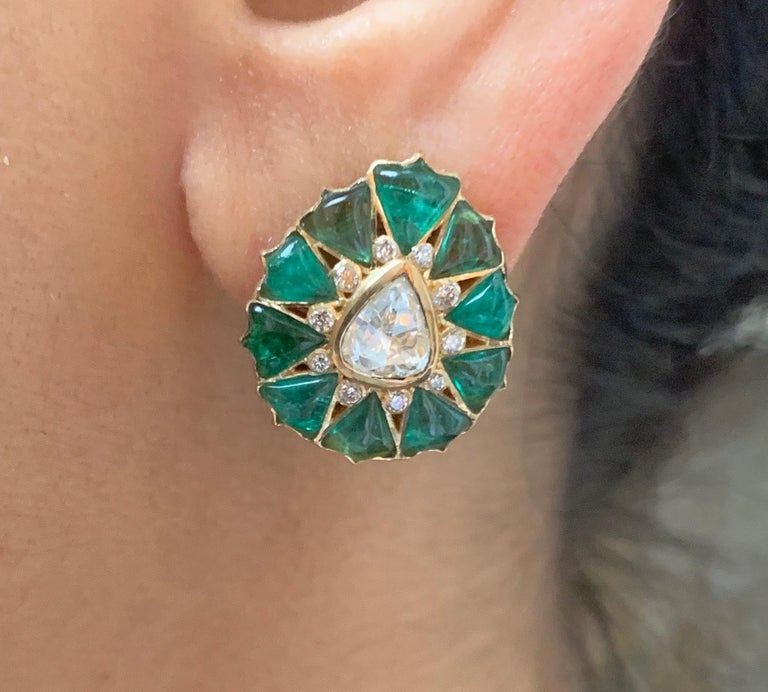 Manpriya B Fancy-cut Emerald and Rose-Cut Diamond Fleurs De L'Inde Earrings  For Sale 2