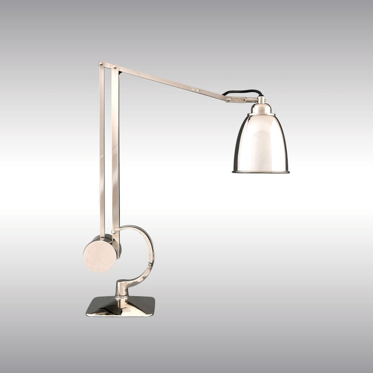 A very functional desk lamp, other versions are offered. All components according to the UL regulations, with an additional charge we will UL-list and label our fixtures.