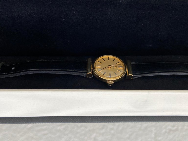 Mid-Century Modern Manual Ladies Omega Gold Watch, circa 1960, Swiss Made, Valuated For Sale