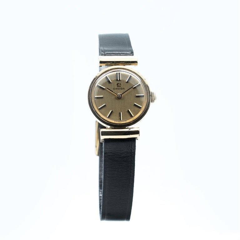 Manual Ladies Omega Gold Watch, circa 1960, Swiss Made, Valuated For Sale 1
