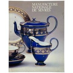 Manufacture Nationale de Sevres Book in French
