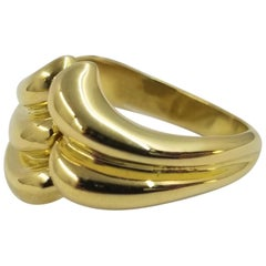 Mapamenos 18 Karat Yellow Gold Wave Ring