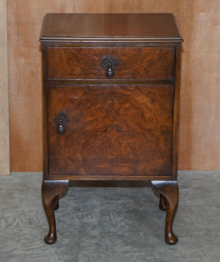 We are is delighted to offer for sale this lovely circa 1930's Burr Walnut Maple & Co bedside or side lamp table which is part of a large suite  I have in total the dressing table with trifold mirrors, the very large double wardrobe, smaller