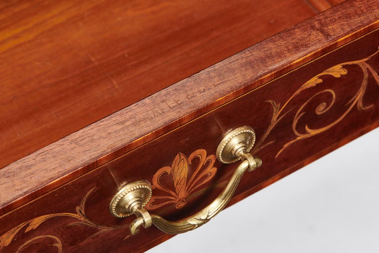 Maple & Co Mahogany, Satinwood and Marquetry Inlaid Victorian Carlton House Desk For Sale 4
