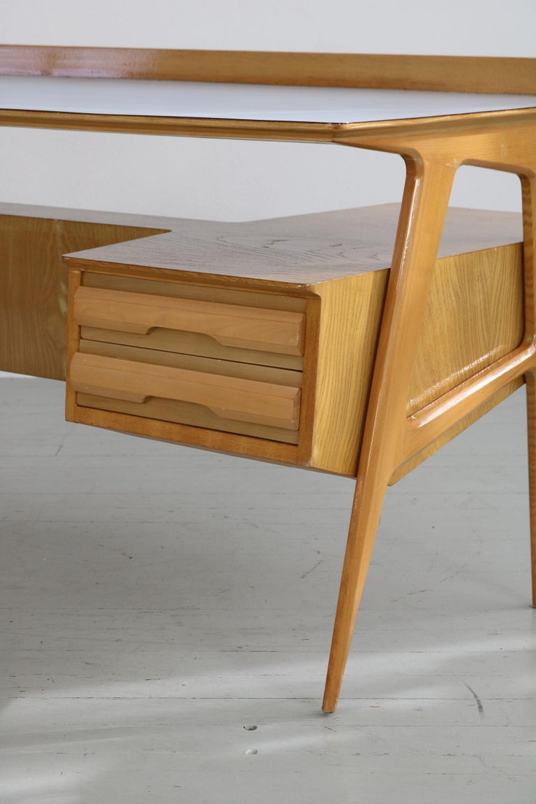 Maple Wood Italian Midcentury Desk with Bookcase For Sale 4