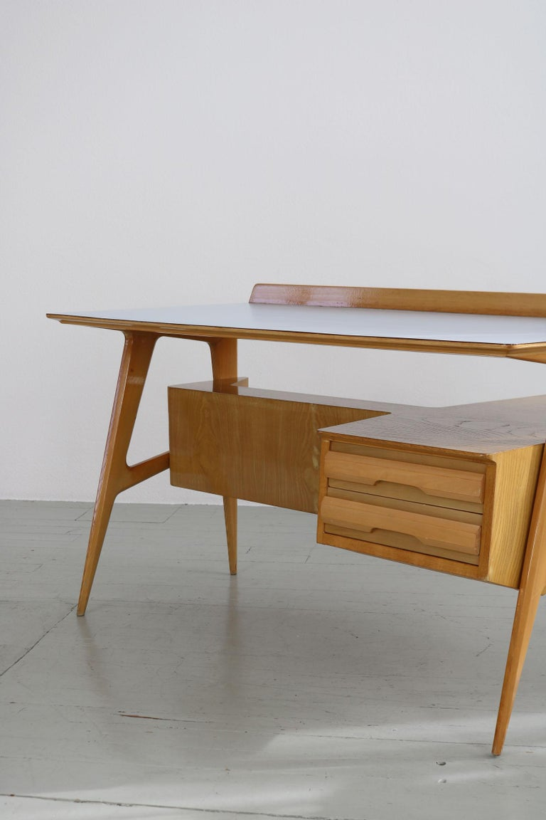 Maple Wood Italian Midcentury Desk with Bookcase For Sale 3