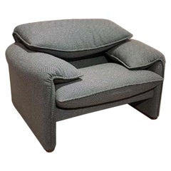 Maralunga Classico Armchair, by Vico Magistretti from Cassina