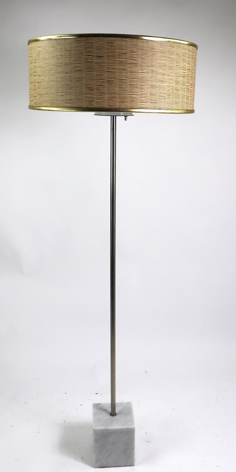 Postmodern, International style floor lamp with marble cube base, steel vertical post, and three socket top. Original, clean and working condition, shade not included. Iconic Minimalist design floor lamp by Laurel Lamp Company.