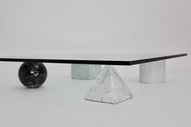Massimo and Lella Vignelli Vintage Black White Marble Coffee Table 1979 Italy For Sale 5