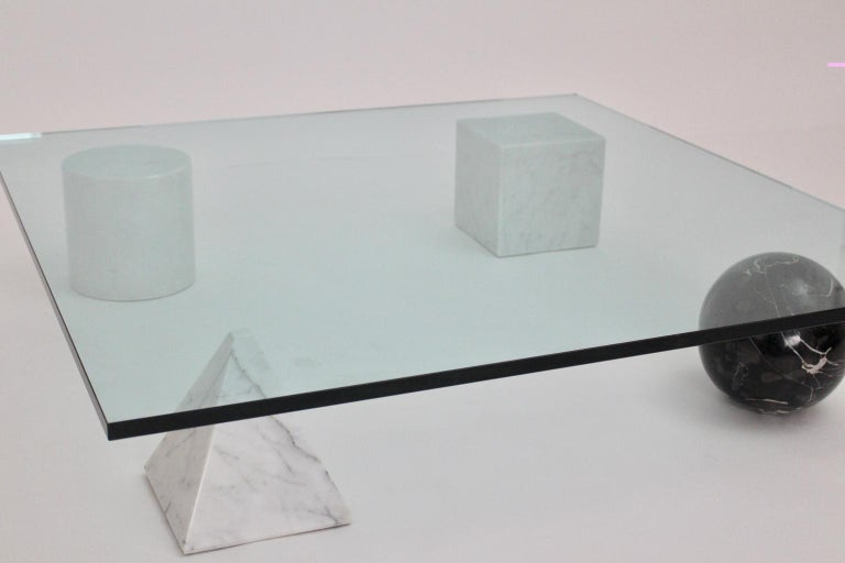 Late 20th Century Massimo and Lella Vignelli Vintage Black White Marble Coffee Table 1979 Italy For Sale