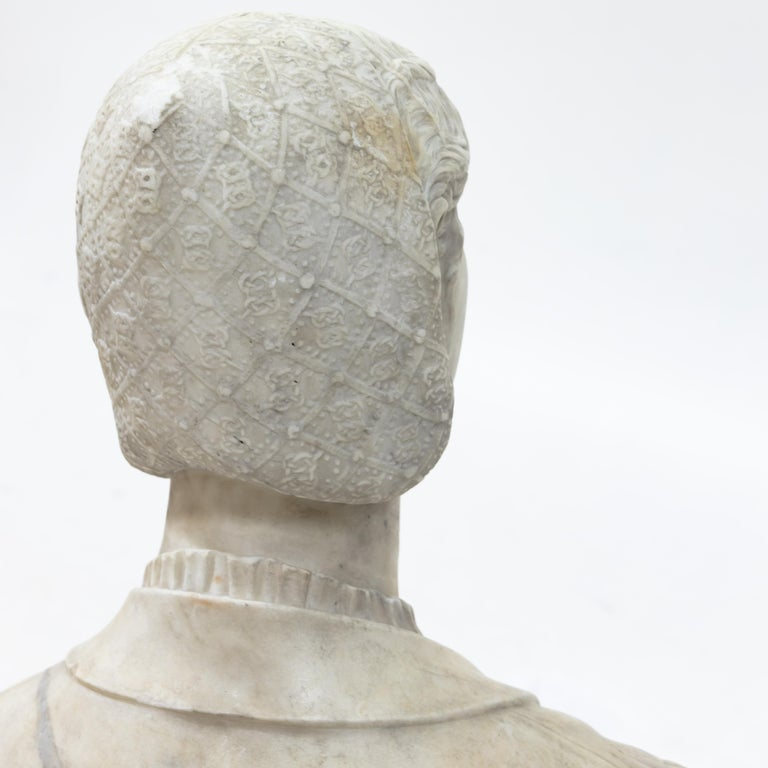 Marble Bust of a Woman in Renaissance Style, Late 19th Century For Sale 6
