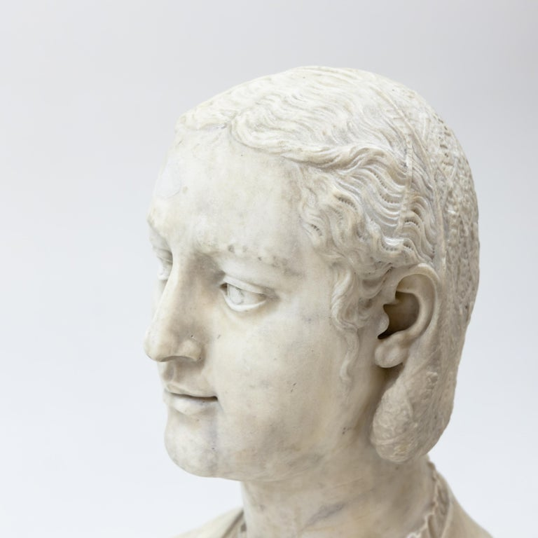 Marble Bust of a Woman in Renaissance Style, Late 19th Century For Sale 7