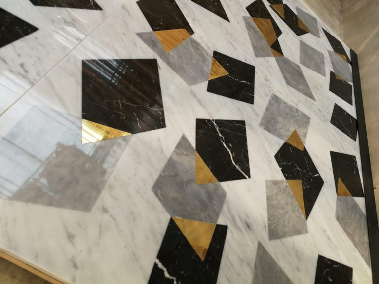 Marble Center Table in Carrara Marble with Inlay design in brass  In New Condition For Sale In Essex, CT