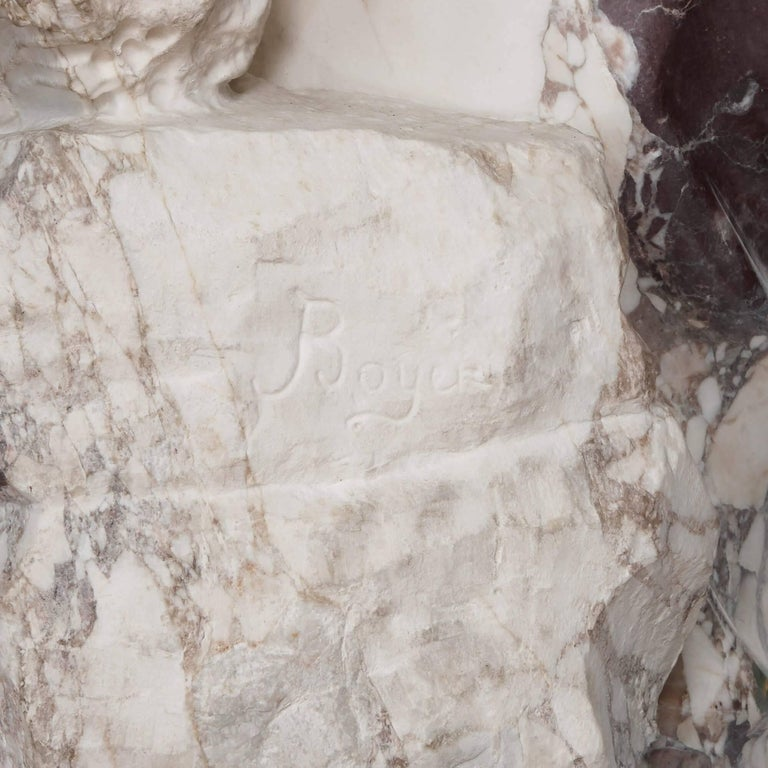 Marble Sculpture of a Female Figure, Emblematic of Autumn For Sale 1
