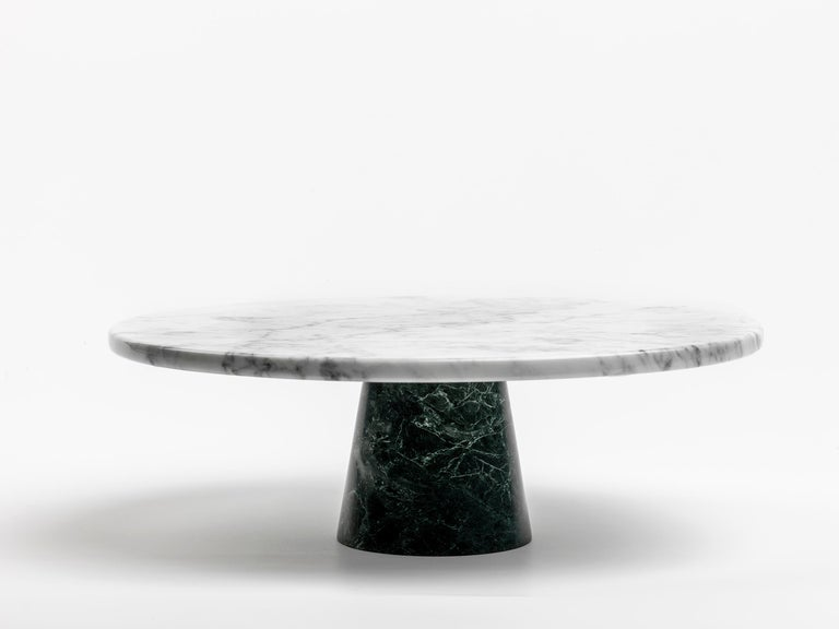 Marble Stand Cake with Lace Edge For Sale 2