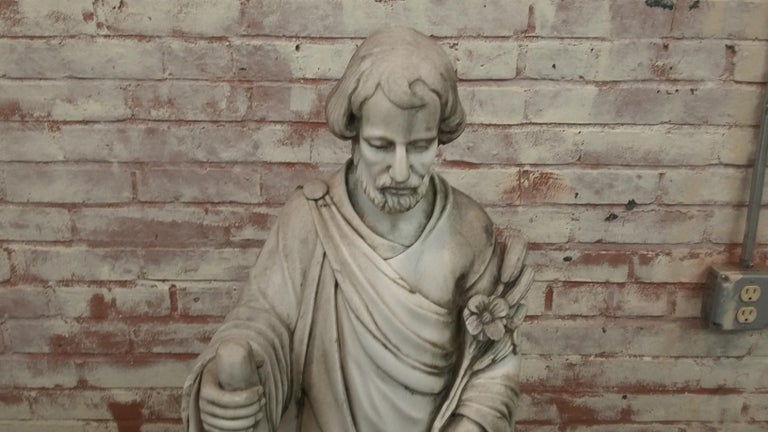 Carved marble statue of Saint Joseph. Solid marble 20th century statue (circa 1990). Fine details 36