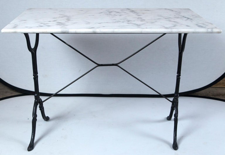 Marble Top Cast Iron Bistro Table, France, Early 20th Century For Sale 2