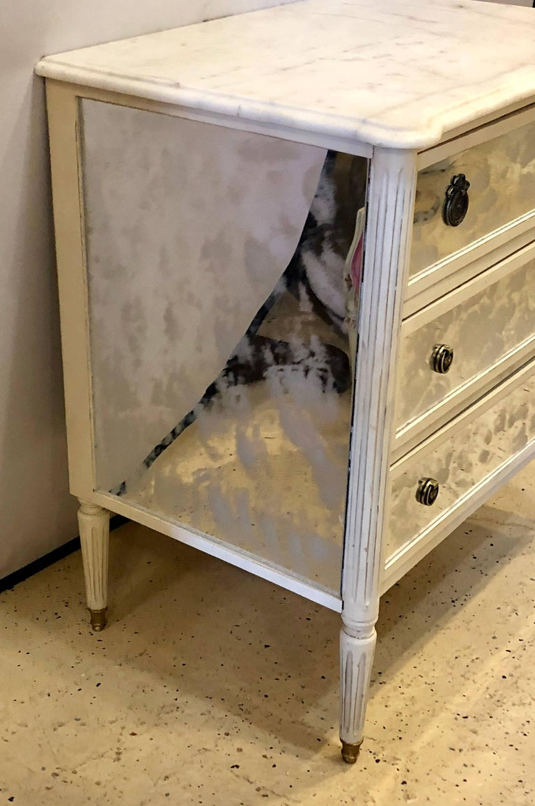 Marble-Top Hollywood Regency Decorated Commode Nightstand in Manner of Jansen For Sale 8
