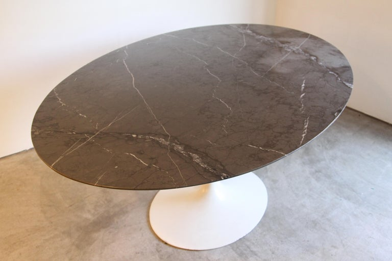 Marble-Top Oval Saarinen for Knoll Dining Table For Sale 7