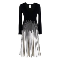 Marc Cain Black and White Jersey Knit A-Line DressUS 2
