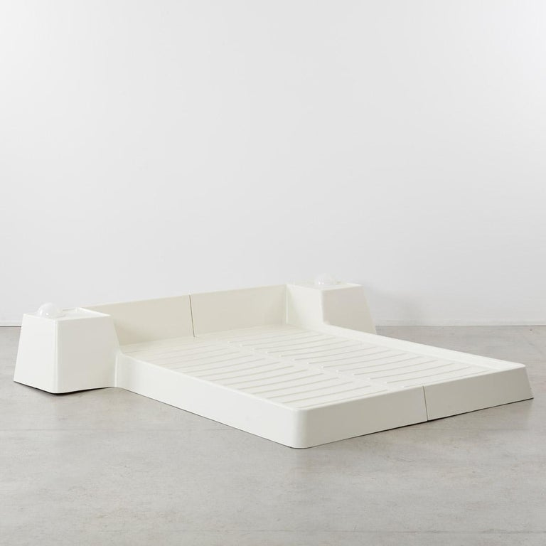 Marc Held Fiberglass Bed for Prisunic Editions, France, 1970s 1