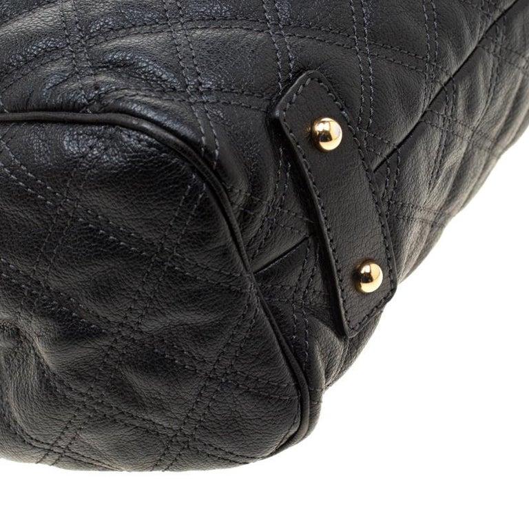 Marc Jacobs Black Quilted Leather Stam Shoulder Bag For Sale 6