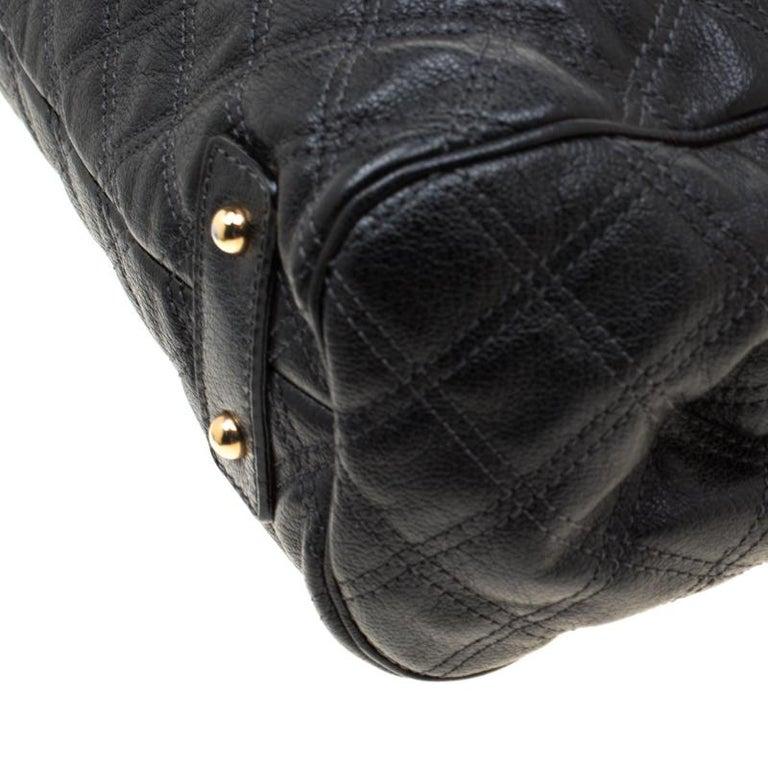 Marc Jacobs Black Quilted Leather Stam Shoulder Bag For Sale 1