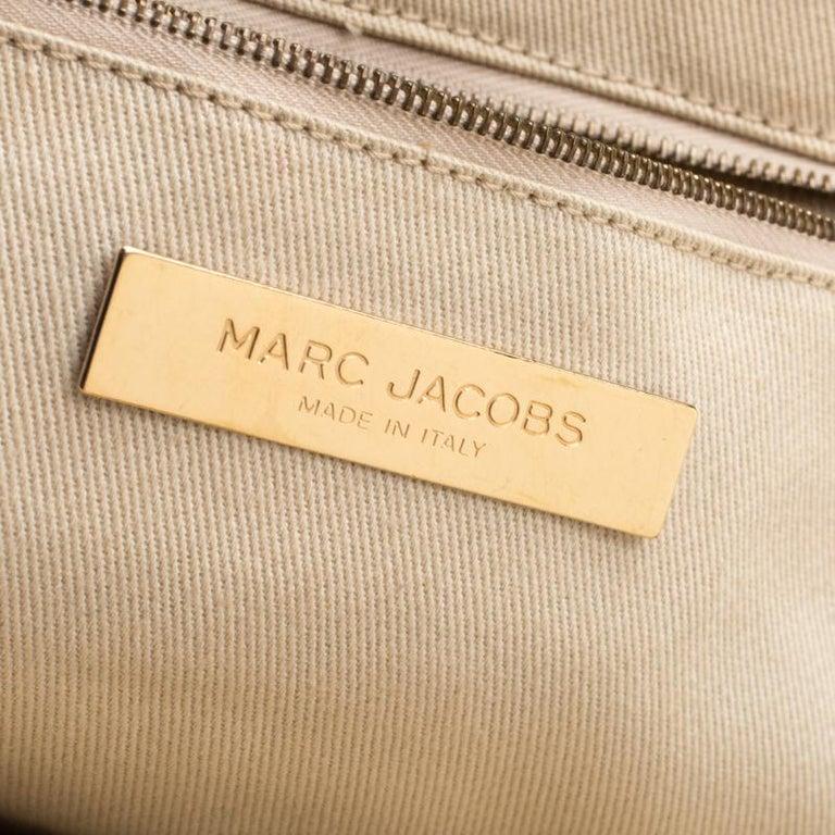 Marc Jacobs Black Quilted Leather Stam Shoulder Bag For Sale 2