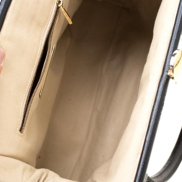 Marc Jacobs Black Quilted Leather Stam Shoulder Bag For Sale 4