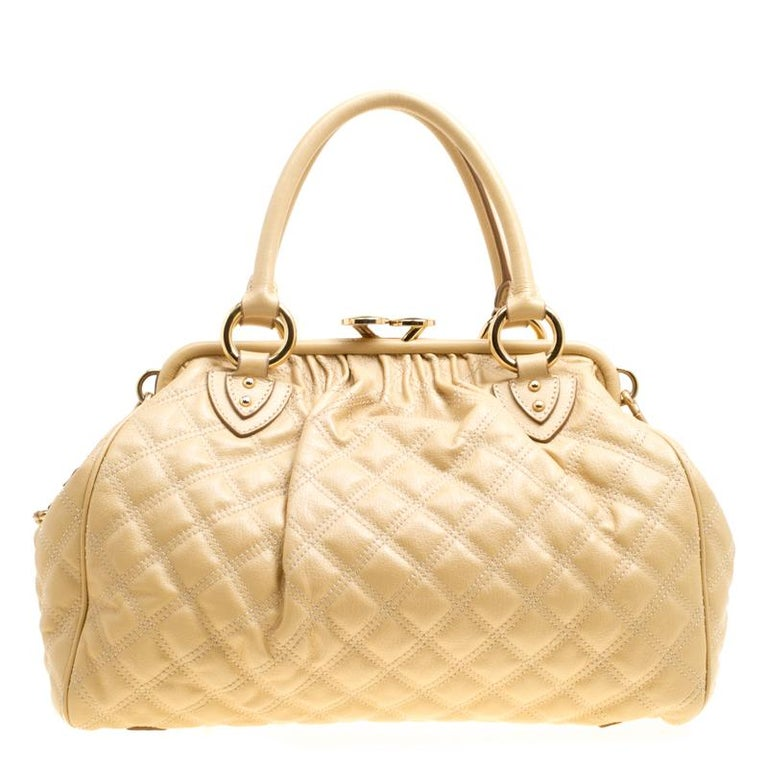 df23108b73 Marc Jacobs Cream Quilted Leather Stam Shoulder Bag For Sale at 1stdibs