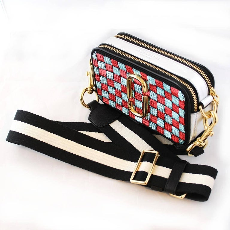 Marc Jacobs Snapshot Sequins Checkered Small Camera Bag In Excellent Condition For Sale In Gazzaniga (BG), IT