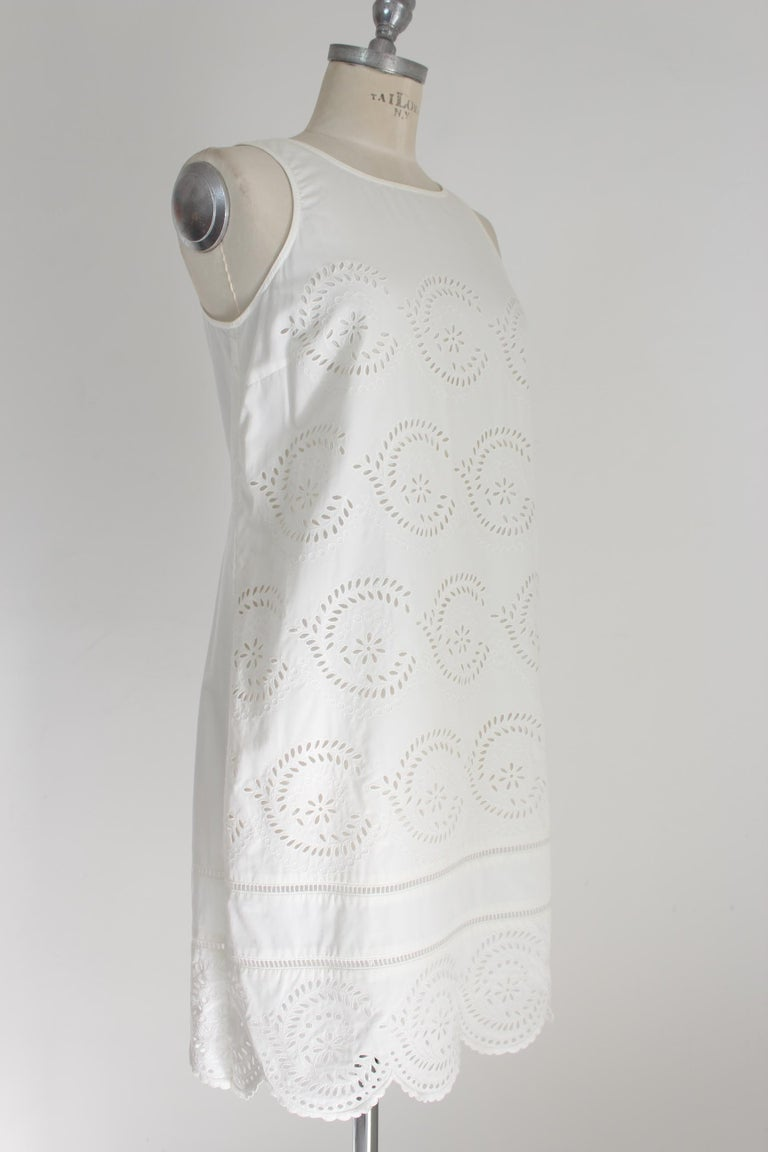 Marc Jacobs White Cotton Lace Floral Marshmallow A Line Summer Dress  In Excellent Condition For Sale In Brindisi, Bt