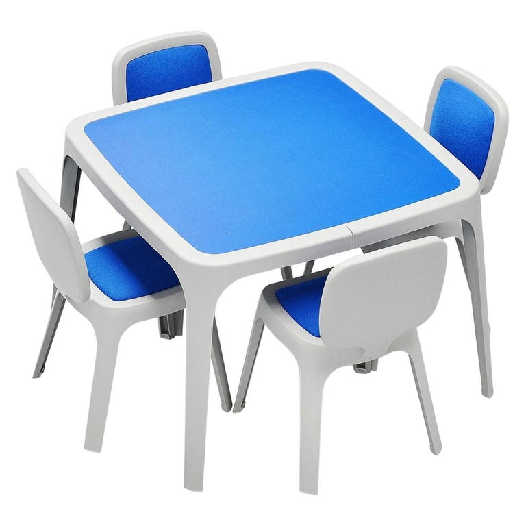 Marc Newson Coast Dining Set Magis, Italy, 1995 For Sale