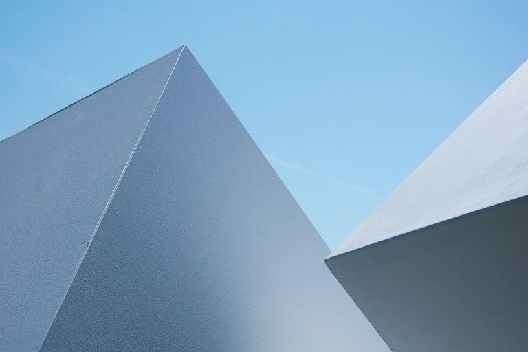 Chute des Cubes 3/10 - geometric, aluminum, white, large outdoor sculpture For Sale 8
