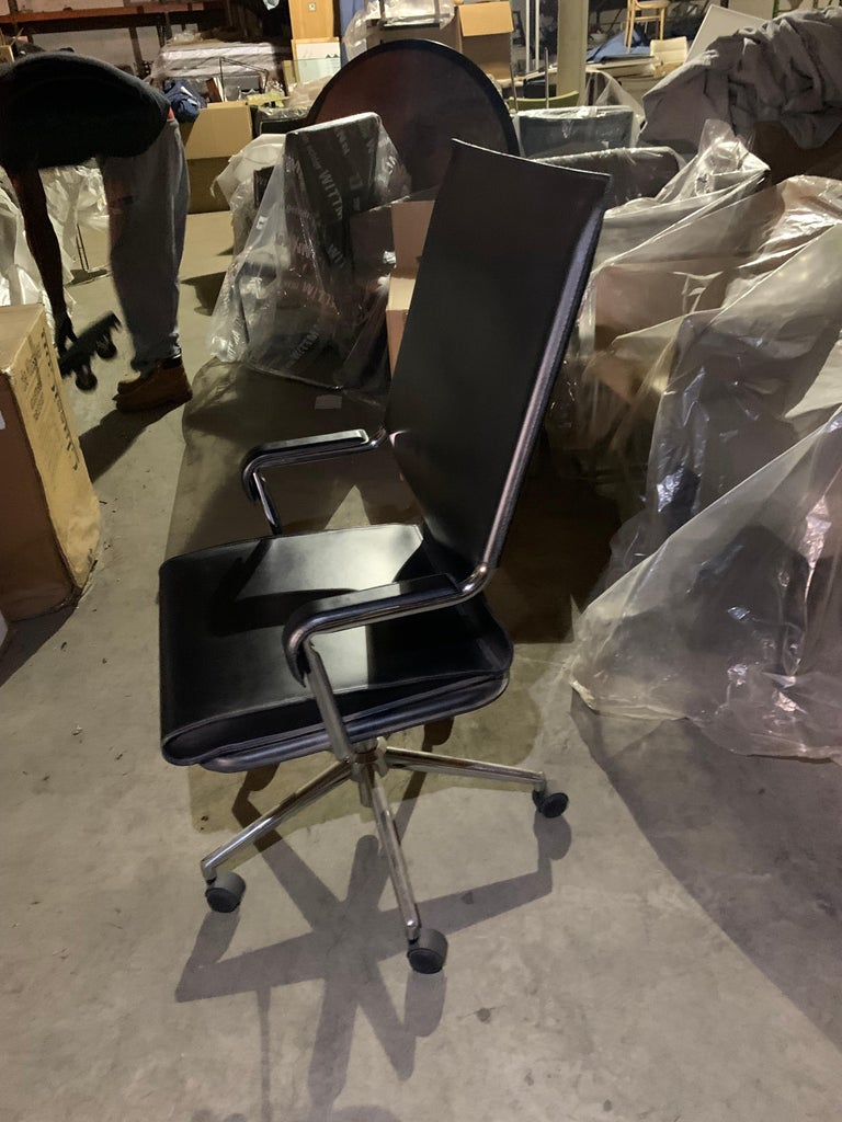 Marcatre Highback Archizoom Black Leather Desk Chair  For Sale 8