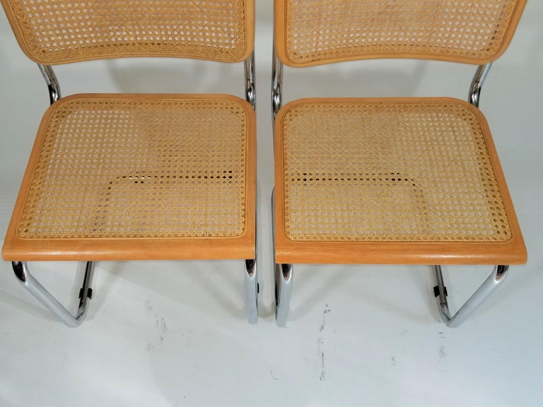 Marcel Breuer Cesca Side Chairs Midcentury Set of 2 In Good Condition For Sale In New York, NY