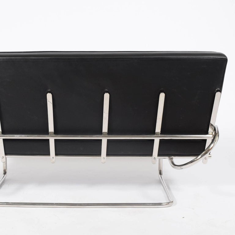 Marcel Breuer F40 Cantilever Settee In Good Condition For Sale In Dallas, TX