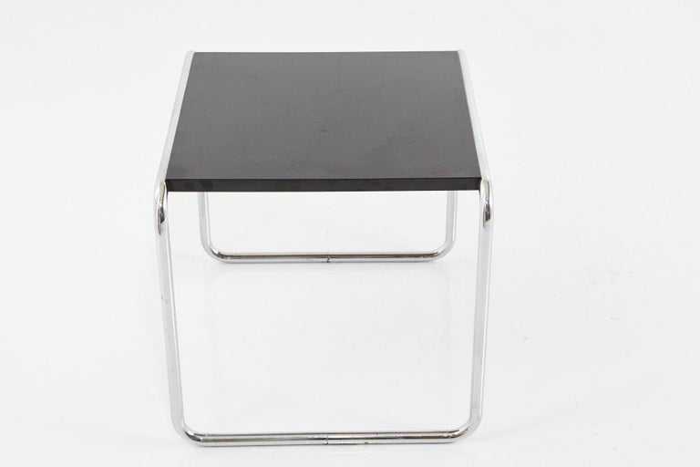 American Marcel Breuer - Laccio Side Table Black Laminated Top with Tubular Chromed Base For Sale