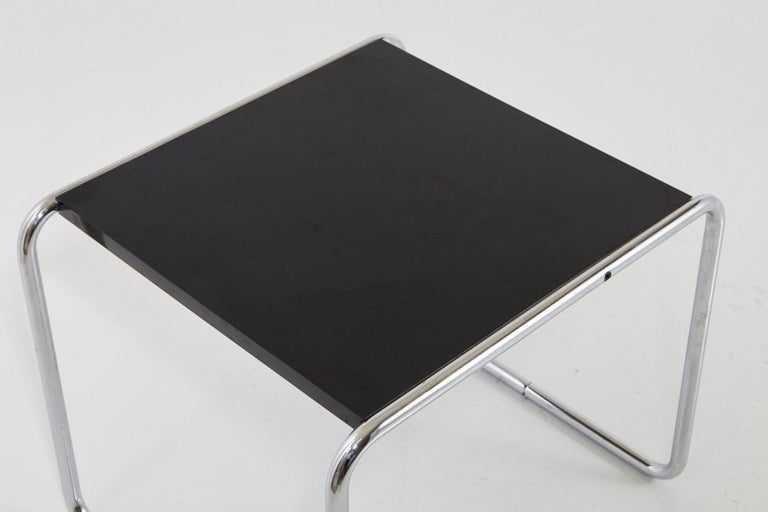 Marcel Breuer - Laccio Side Table Black Laminated Top with Tubular Chromed Base For Sale 1