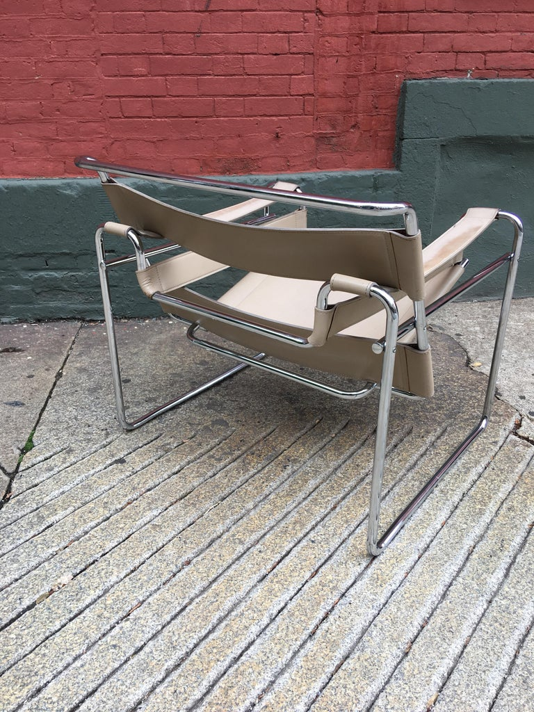 20th Century Marcel Breuer Wassily Chair For Sale