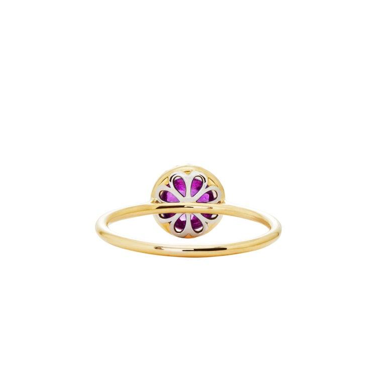2.16 Carat Checkerboard Purple Amethyst Halo Ring in 18 Karat Gold For Sale 1
