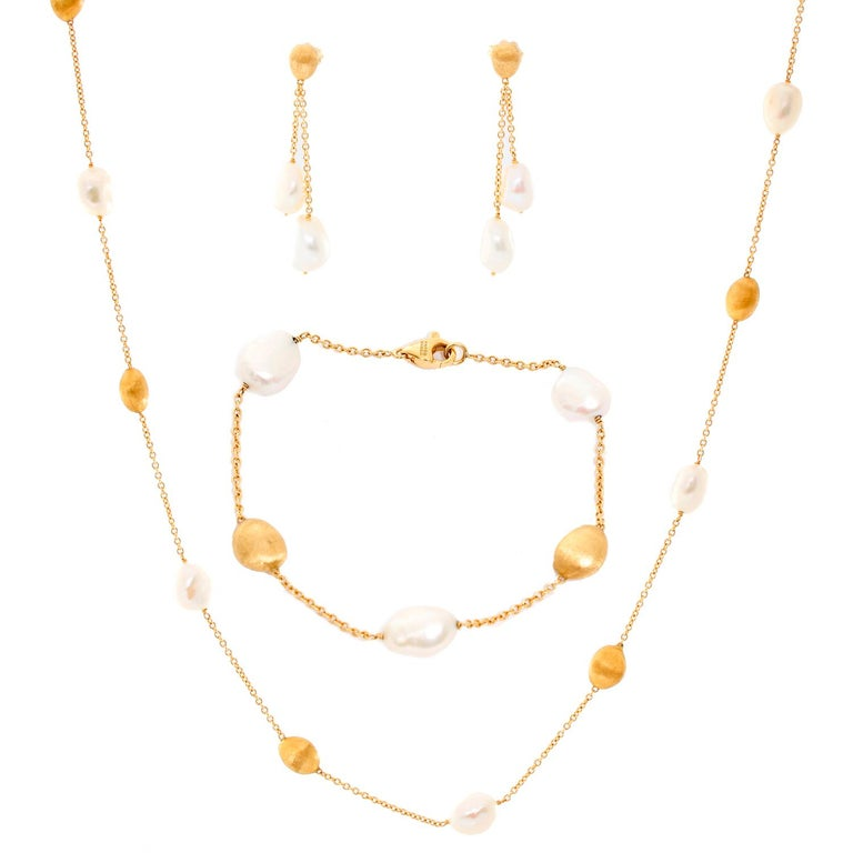Marco Bicego 18 Karat Yellow Gold and Pearl Necklace, Earrings and Bracelet Set For Sale 4