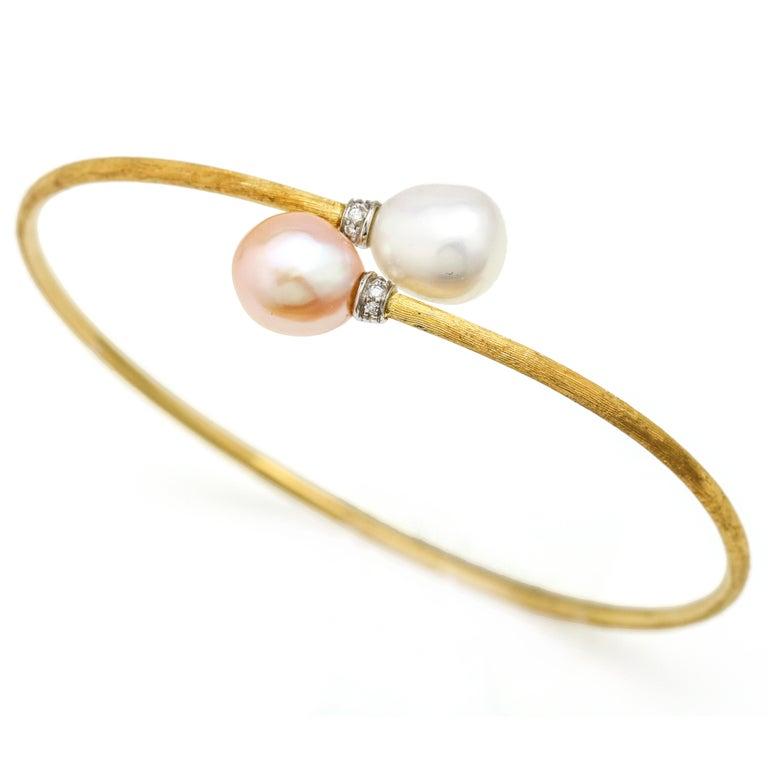 Marco Bicego 18 Karat Gold Africa Elongated Pearl Bypass Bangle Bracelet For Sale 3