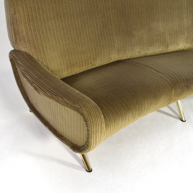 Marco Zanuso Curved 'Lady' Sofa by Arflex, Italy, 1951 For Sale 3